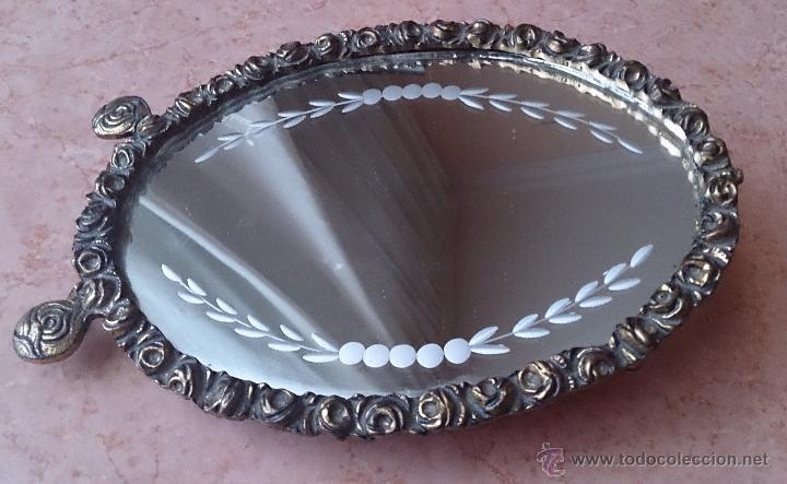 Antigüedades: Antiguo espejo de tocador en bronce formando una corona de rosas y cristal tallado a mano, años 30 . - Foto 5 - 54037263