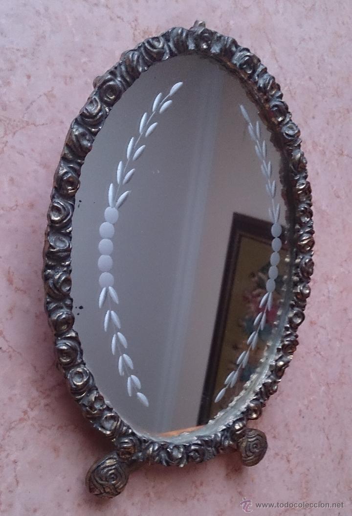 Antigüedades: Antiguo espejo de tocador en bronce formando una corona de rosas y cristal tallado a mano, años 30 . - Foto 6 - 54037263