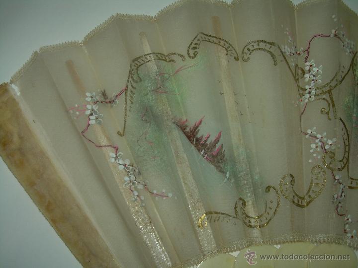 Antigüedades: IMPORTANTE ABANICO DE... MARFIL....DECORADO SOBRE TELA.... SIGLO XIX. - Foto 3 - 141935402