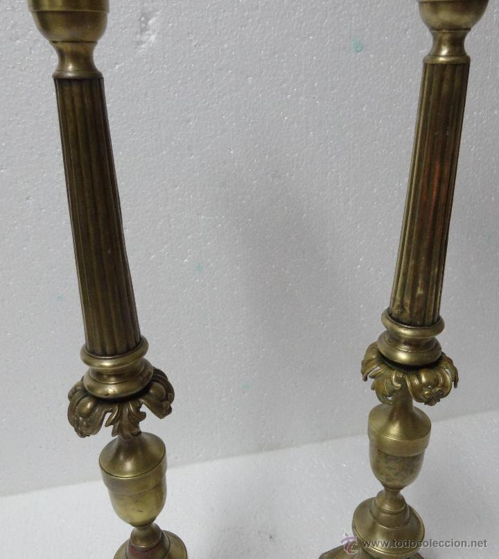 Antigüedades: CANDELABROS PAREJA BRONCE SIGLO XX - 958 - Foto 6 - 43843879