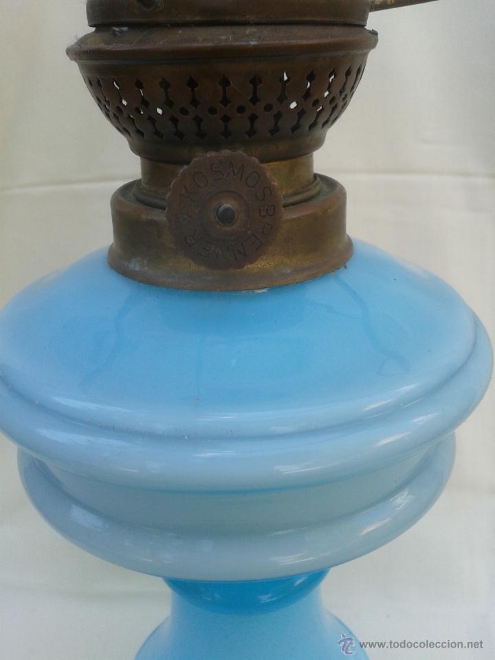 Antigüedades: Gran Quinqué azul con maravilloso cristal opalina y traslucido. Marca Kosmos Brenner - Foto 3 - 45152455