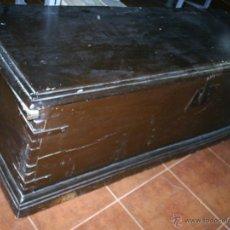 Antigüedades: ANTÍGUO ARCÓN DE MADERA. Lote 45155089