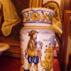 Antigüedades: PRECIOSA JARRA DE CERAMICA FIRMADA ALONSO. Lote 45208538