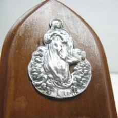 Antigüedades: ANTIGUA PLACA ICONO VIRGEN DE LA ASCENSION REPUJADA. Lote 45218969