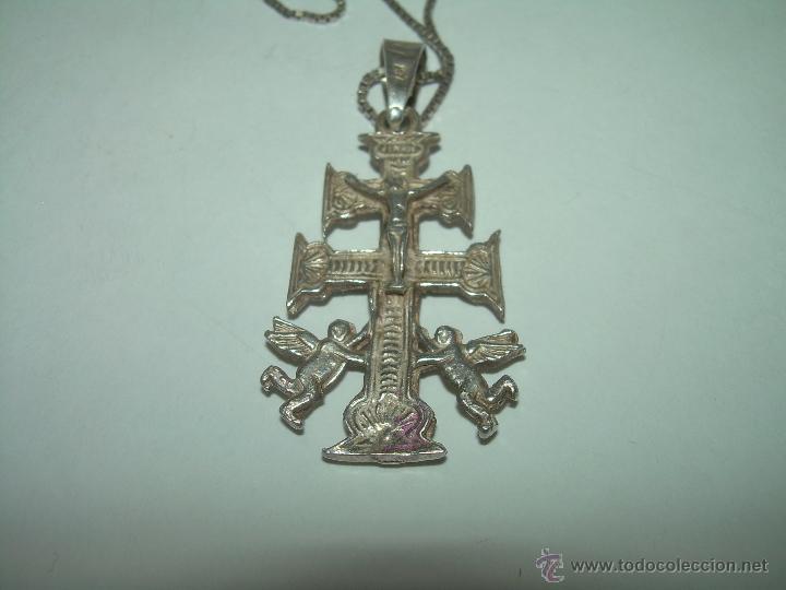 PRECIOSA CRUZ DE CARAVACA DE PLATA CON CONTRASTES....PERFECTO ESTADO DE CONSERVACION. (Antigüedades - Religiosas - Cruces Antiguas)