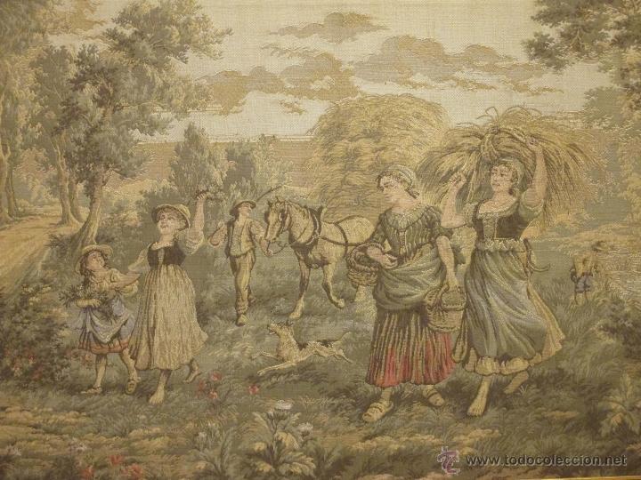 Antigüedades: TAPIZ GOBELINO. 96 X 60 CM. ESCENA PASTORIL. RECOGIDA DEL TRIGO. SIMBOLOGÍA. - Foto 5 - 45250587