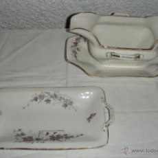 Antigüedades - Piezas de Vajilla para Aperitivos. Bandeja y Salsero. Porcelana. Con filos dorados. - 45258205