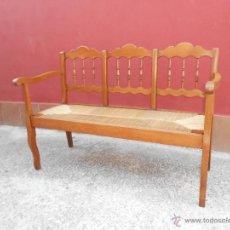 Antigüedades: ANTIGUO BANCO DE MADERA Y ENEA.RESTAURADO. Lote 45263096