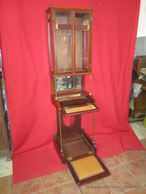 Antigüedades: Importante oratorio o mueble vitrina estilo imperio en madera de caoba. - Foto 2 - 45267516