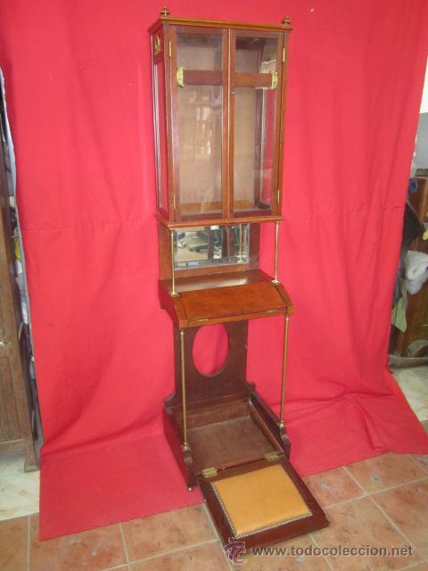 Antigüedades: Importante oratorio o mueble vitrina estilo imperio en madera de caoba. - Foto 3 - 45267516