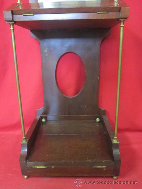 Antigüedades: Importante oratorio o mueble vitrina estilo imperio en madera de caoba. - Foto 6 - 45267516