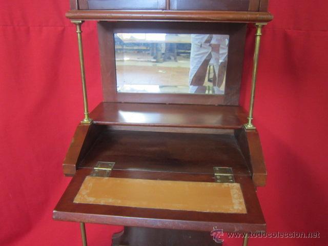 Antigüedades: Importante oratorio o mueble vitrina estilo imperio en madera de caoba. - Foto 7 - 45267516