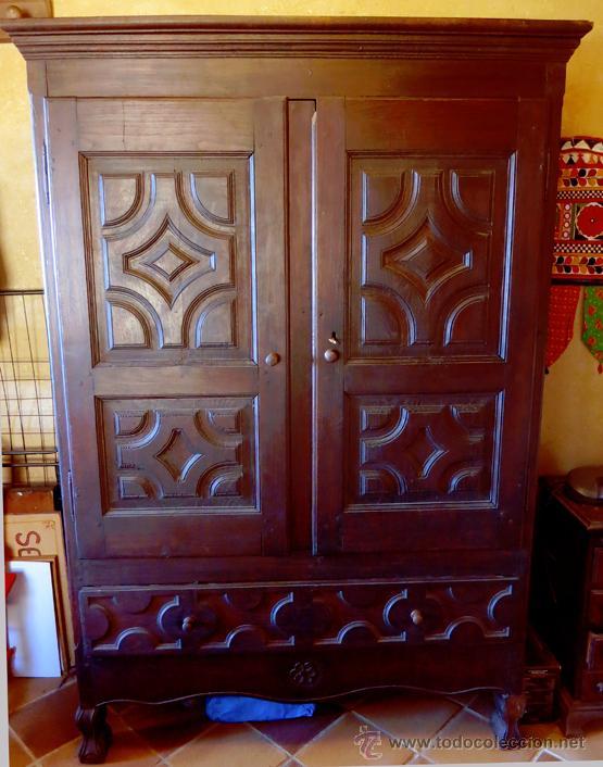 armario ropero antiguo con talla en madera de c - Comprar Armarios ...
