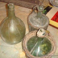 Antigüedades: 3 GARRAFAS DE CRISTAL ANTIGUAS MARCADAS DE BARCELONA. Lote 82537451