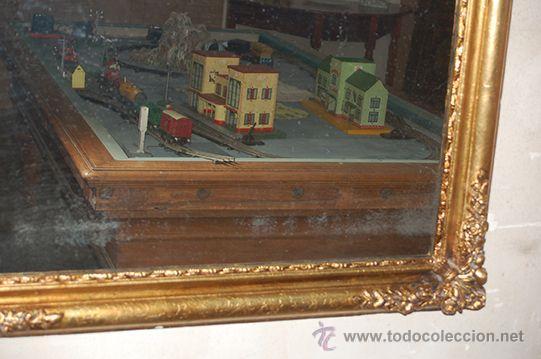 Antigüedades: Espejo Isabelino de madera dorada, siglo XIX Medidas espejo: 74x110 - Foto 5 - 45461178