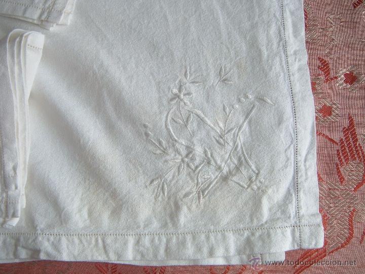 Antigüedades: Mantel y 6 servilletas - Foto 4 - 45464729