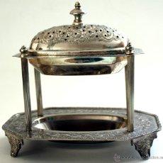 Antigüedades: BELLO Y ANTIGUO RECIPIENTE EN METAL PLATEADO - CINCELADO Y REPUJADO. Lote 45465351