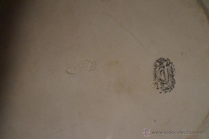 Antigüedades: Bandeja en cerámica de Cartagena ochavada, damas / S. XIX - Foto 4 - 45470627