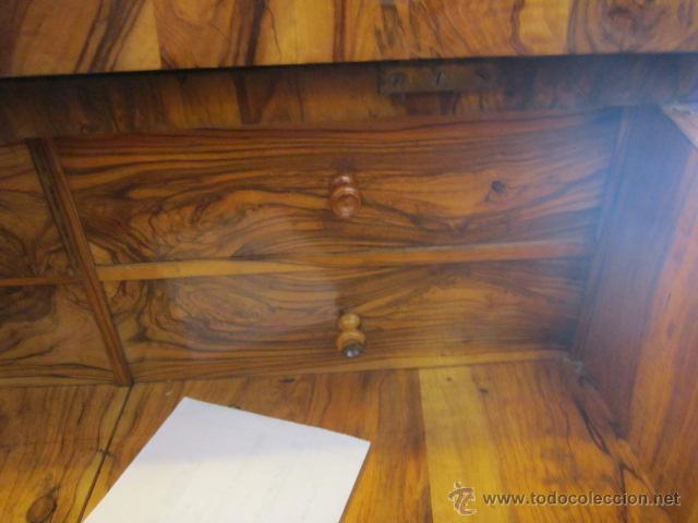 Antigüedades: Mueble escritorio Davenport S. XIX en madera raíz de olivo con cajones laterales, secante y tintero - Foto 6 - 45485876