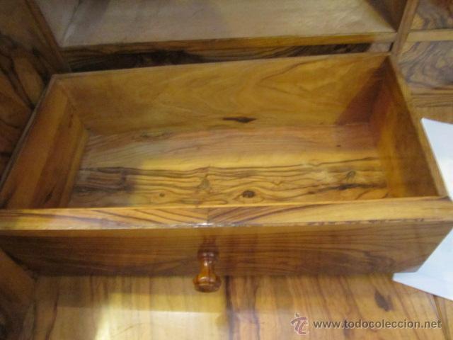 Antigüedades: Mueble escritorio Davenport S. XIX en madera raíz de olivo con cajones laterales, secante y tintero - Foto 7 - 45485876