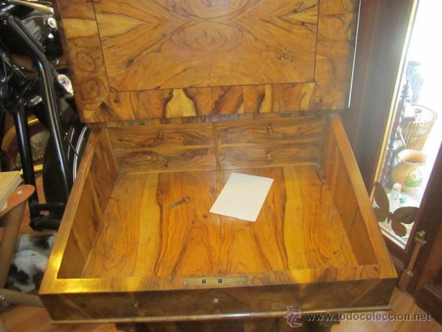 Antigüedades: Mueble escritorio Davenport S. XIX en madera raíz de olivo con cajones laterales, secante y tintero - Foto 8 - 45485876