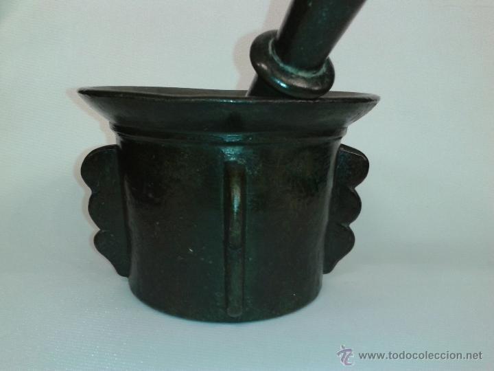 Antigüedades: Almirez Mortero bronce con su maza. Siglo XVII. - Foto 7 - 45487117