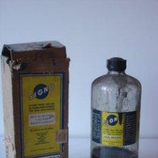 Antigüedades: ANTIGUA BOTELLA DE TINTA SIGNO AZUL-NEGRO. Lote 45490145