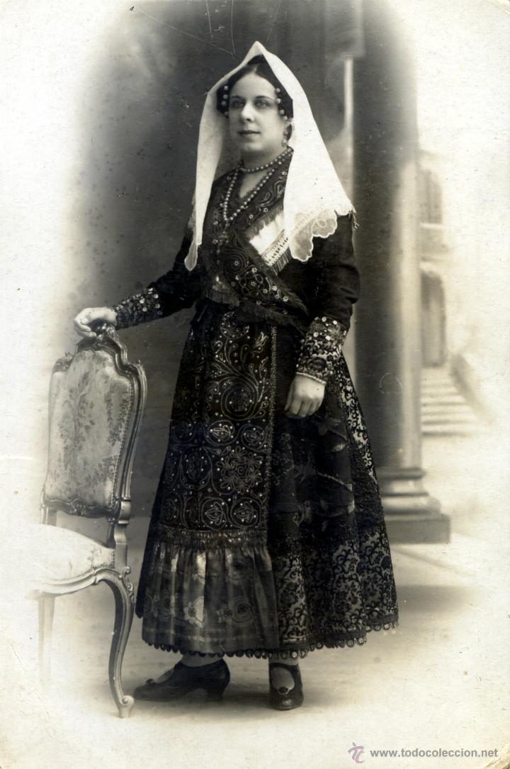 TRAJE CHARRO SALMANTINO COMPLETO - EMPLEADO PARA HACER FOTO POSTAL - S. XIX (Antigüedades - Moda y Complementos - Mujer)