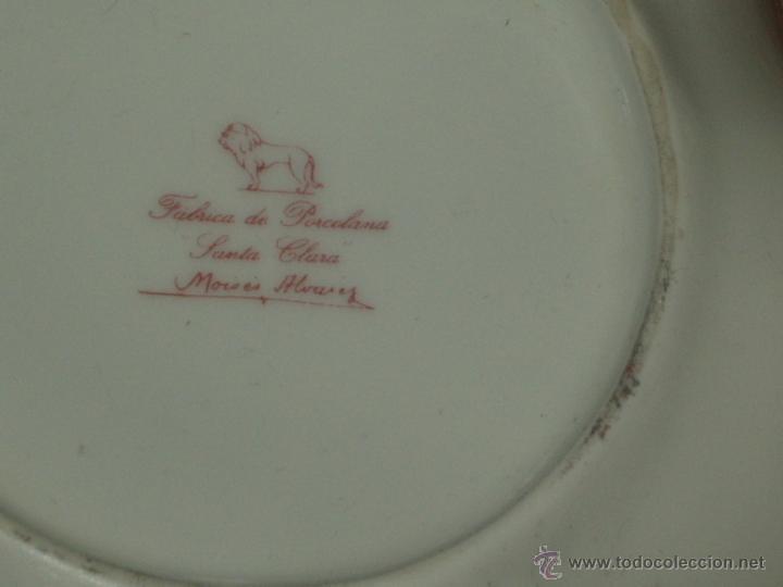Antigüedades: BANDEJA SANTA CLARA DE PORCELANA CON ASAS Y 2 SALSERA REDONDAS DE PIE O PATAS..ART-DECO. - Foto 6 - 45564609