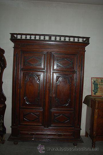 ARMARIO DEL BARROCO CARLOS III DE NOGAL, SIGLO XVIII (Antigüedades - Muebles Antiguos - Armarios Antiguos)
