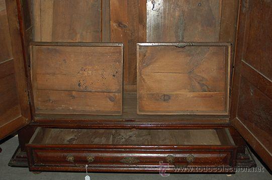 Antigüedades: Armario del Barroco Carlos III de nogal, siglo XVIII - Foto 3 - 45574497