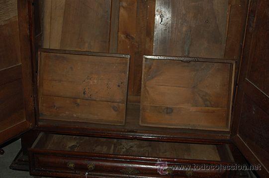 Antigüedades: Armario del Barroco Carlos III de nogal, siglo XVIII - Foto 4 - 45574497