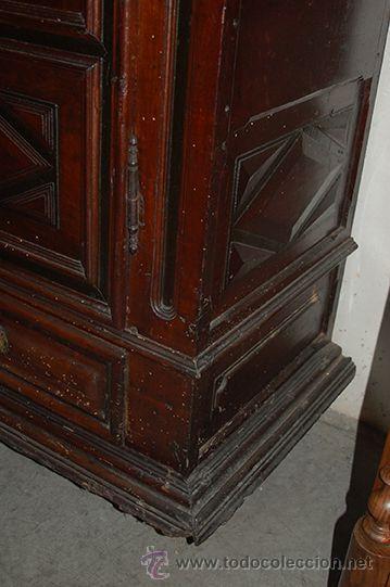 Antigüedades: Armario del Barroco Carlos III de nogal, siglo XVIII - Foto 9 - 45574497