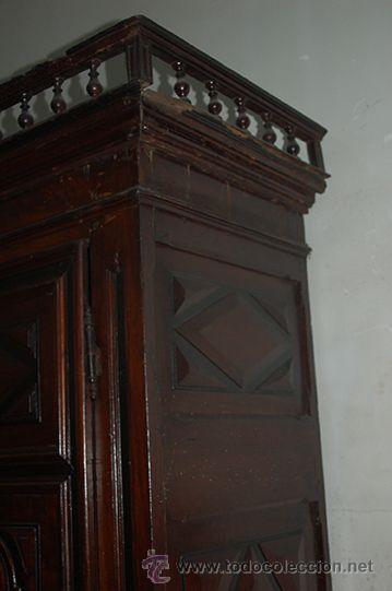 Antigüedades: Armario del Barroco Carlos III de nogal, siglo XVIII - Foto 11 - 45574497