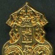 Antigüedades: INSIGNIA ORO DE LA ( TRANSPORTE ) HERMANDAD Y COFRADIA DE LA SEMANA SANTA DE JEREZ LEER DESCRIPCION . Lote 115260790