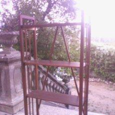Antigüedades: ESTANTERÍA DE MADERA. Lote 40445679