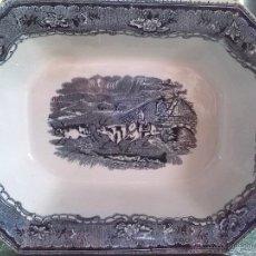 Antigüedades: ANTIGUA ENSALADERA DE CARTAGENA, SELLO INCISO Y TINTA, ESCENAS CINEGETICAS. Lote 45663304