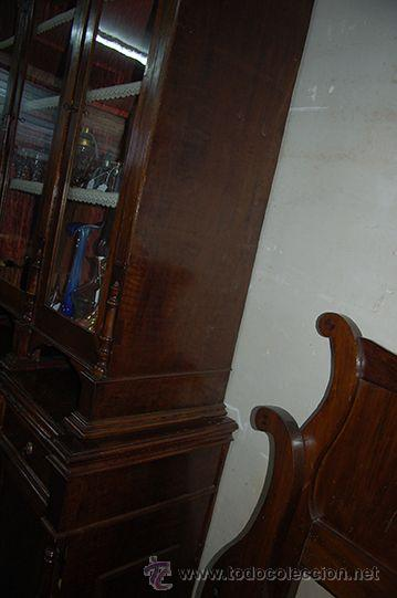 Antigüedades: Antigua Vitrina - Isabelina - 3 puertas - Madera de Nogal - S. XIX - Foto 7 - 45705433