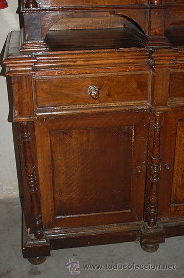 Antigüedades: Antigua Vitrina - Isabelina - 3 puertas - Madera de Nogal - S. XIX - Foto 17 - 45705433