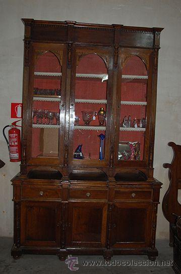 Antigüedades: Antigua Vitrina - Isabelina - 3 puertas - Madera de Nogal - S. XIX - Foto 18 - 45705433