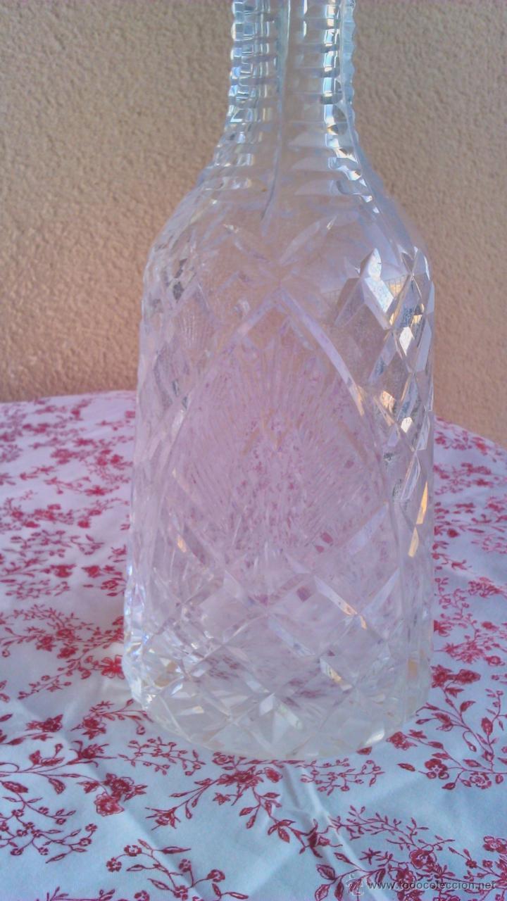 Antigüedades: Antigua y Exquisita licorera de cristal de BOHEMIA tallado. - Foto 3 - 45729448