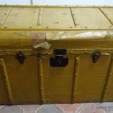 Antigüedades: BAÚL EN MADERA DE PINO SIGLO XX- 283. Lote 63513384