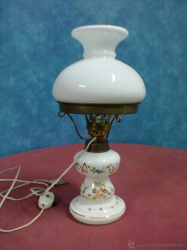 LAMPARA TIPO QUINQUE OPALINA BLANCA PINTADA (Antigüedades - Iluminación - Quinqués Antiguos)