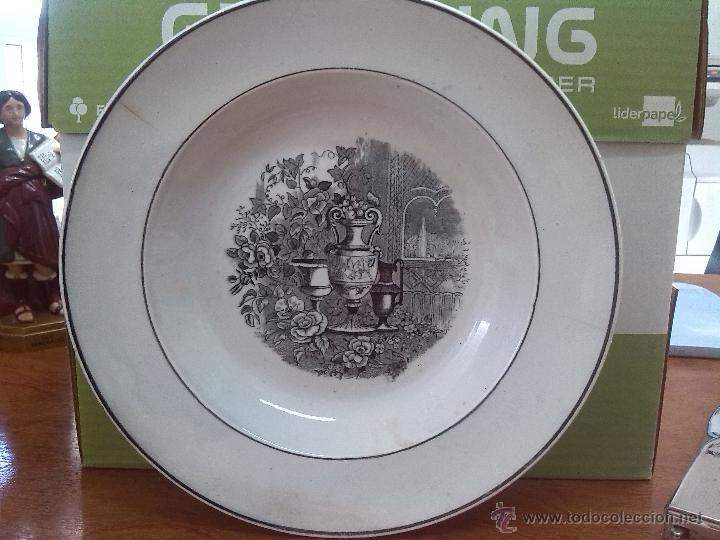 ANTIGUO PLATO DE CARTAGENA, JARRONES EUROPEOS, SELLO TINTA E INCISO. (Antigüedades - Porcelanas y Cerámicas - Cartagena)