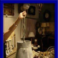 Antigüedades: ORIGINAL FAROL O LAMPARA METALICA CON LUZ IMITANDO UN CUBO AL REVES. Lote 27721043