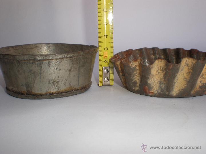 Antigüedades: JUEGO TRES ANTIGUOS MOLDES DE HOJALATA PARA PASTAS-REPOSTERÍA - Foto 3 - 45944772