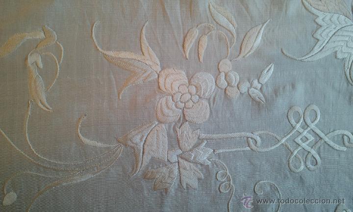 Antigüedades: MANTÓN MANILA COLOR MARFIL BORDADO A MANO - Foto 5 - 45967871