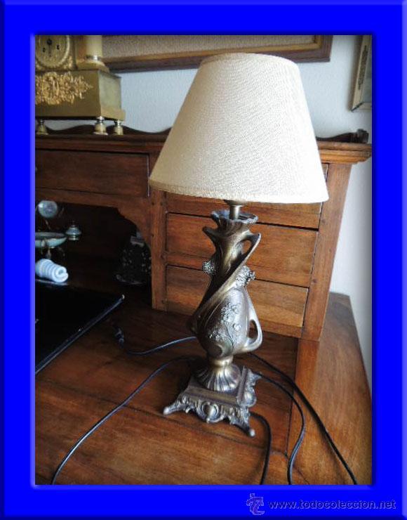 PRECIOSA PANTALLA LAMPARA MODERNISTA DE CALAMINA (Antigüedades - Iluminación - Lámparas Antiguas)