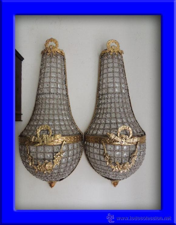 APLIQUES DE BRONCE DORADO Y CRISTALES ALTURA 70 CM. (Antigüedades - Iluminación - Apliques Antiguos)
