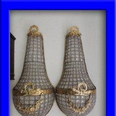 Antigüedades: APLIQUES DE BRONCE DORADO Y CRISTALES ALTURA 70 CM.. Lote 119879466